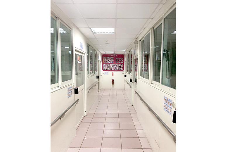 基隆市私立長青老人養護中心-走廊
