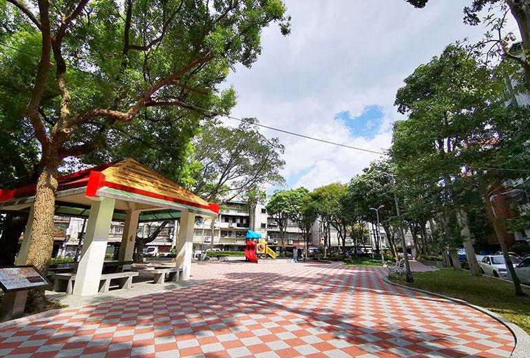 臺北市私立仁群老人長期照顧中心(養護型)-鄰近公園