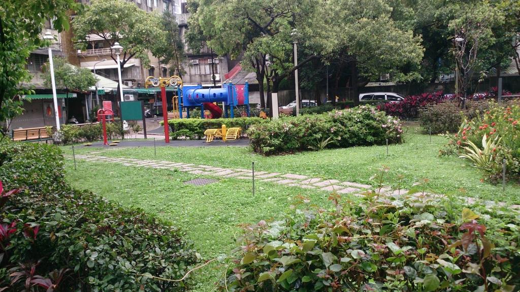 臺北市私立法泉老人長期照顧中心(養護型)-鄰近公園