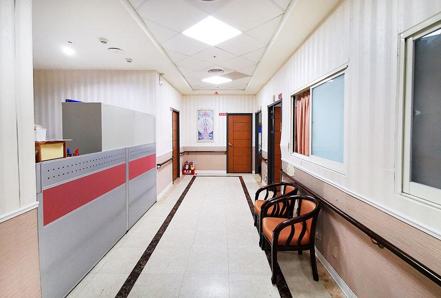 新北市領袖天下老人長期照顧中心-走廊