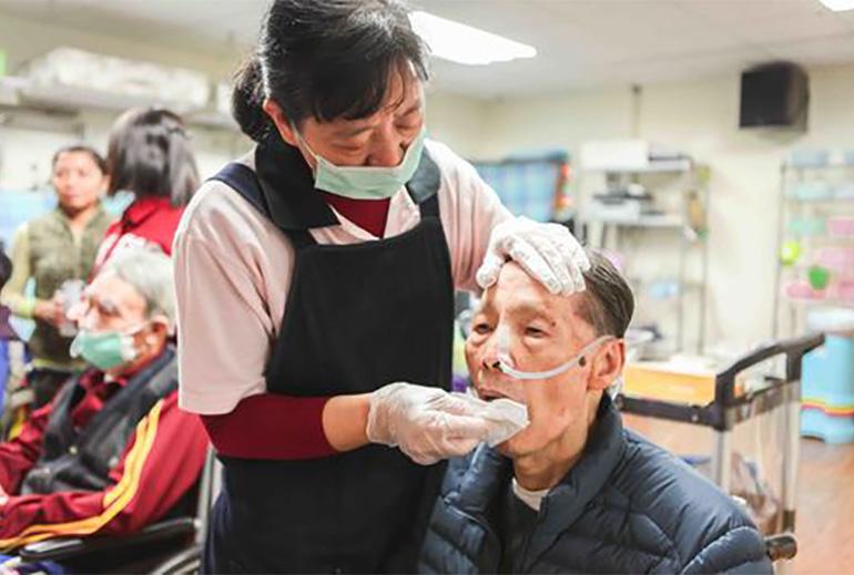 台北市重建樂活護理之家-室內活動
