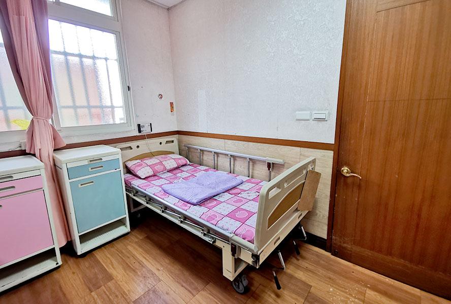 新北市私立安馨老人長期照顧中心(養護型)-房間3
