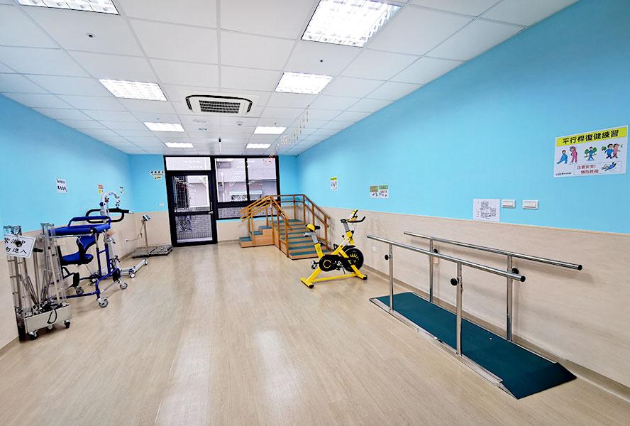 永進長照社團法人附設私立善美得綜合長照機構-浴室
