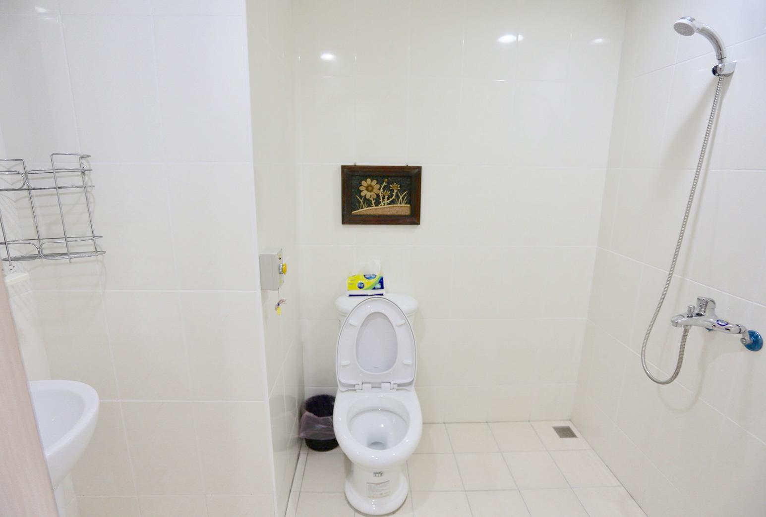 新北市私立尚樂老人長期照顧中心(養護型)-浴室