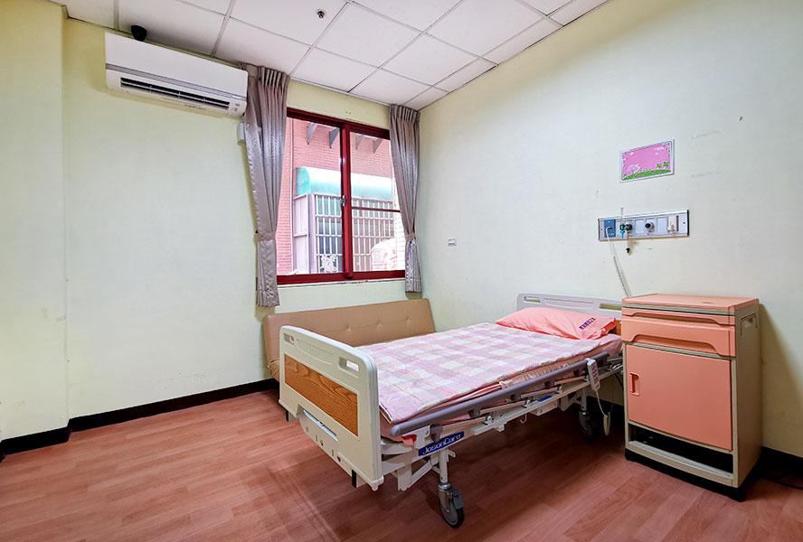 台中市長瑞護理之家-房間2