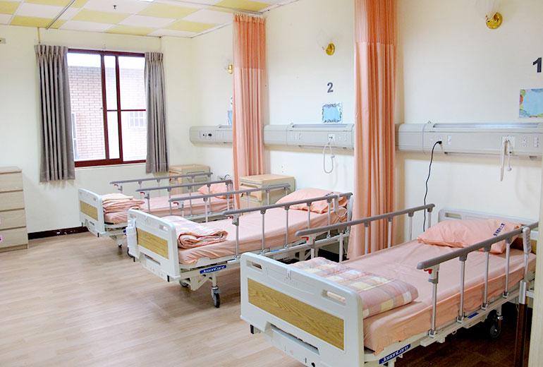 台中市長瑞護理之家-房間1