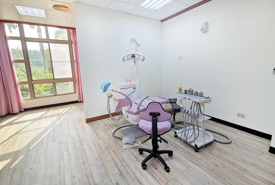 台南市台南市天壇老人養護中心-牙齒檢查區
