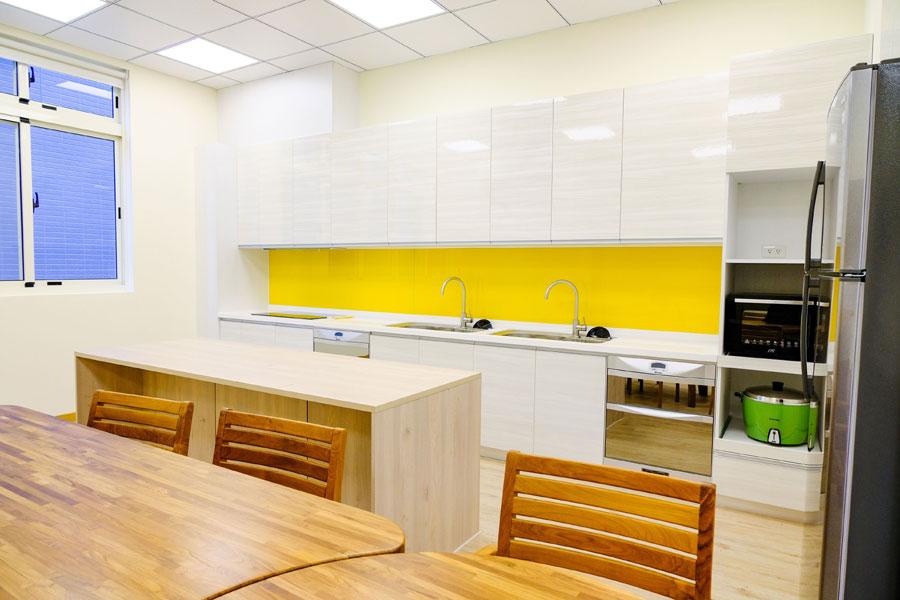 青松健康股份有限公司附設私立思齊綜合長照機構-廚房