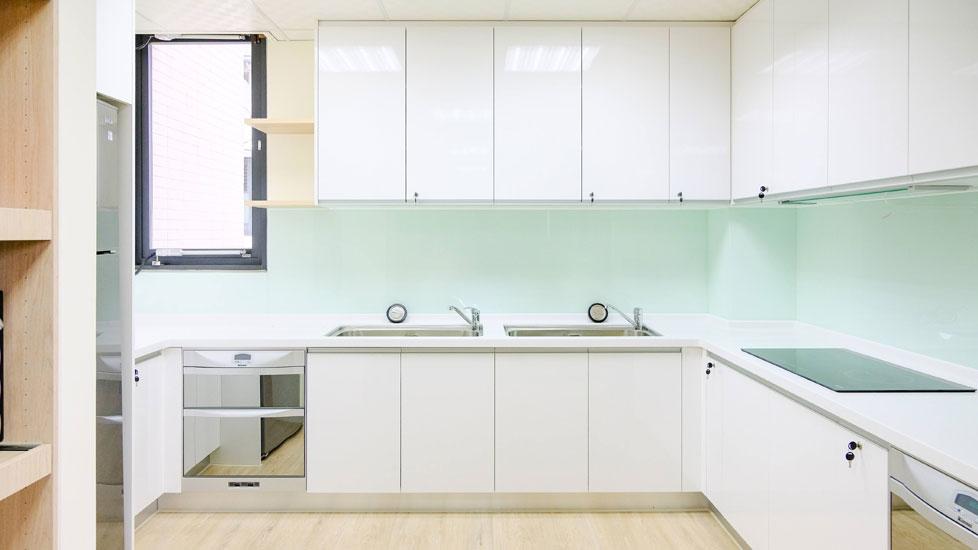 青松健康股份有限公司附設私立大雅綜合長照機構-廚房