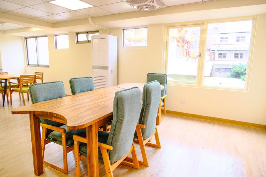 青松健康股份有限公司附設私立仁和綜合長照機構