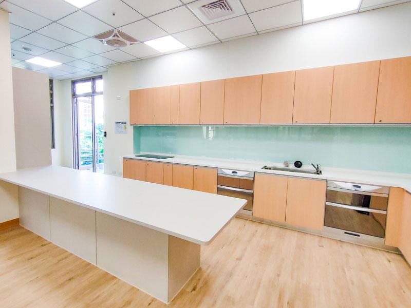 青松健康股份有限公司附設私立豐樂綜合長照機構-廚房