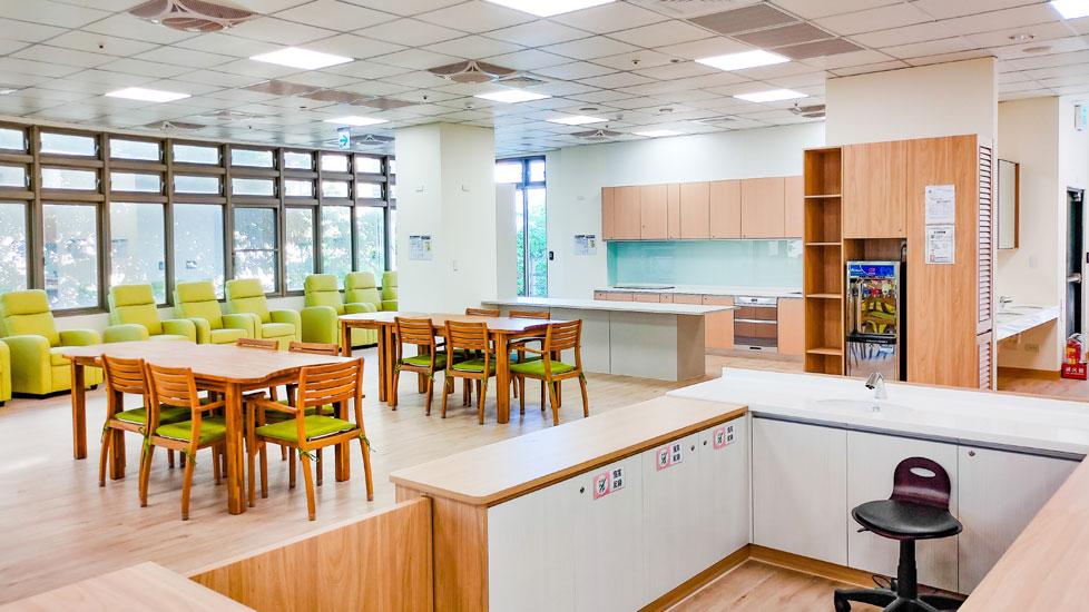 青松健康股份有限公司附設私立豐樂綜合長照機構-休息區