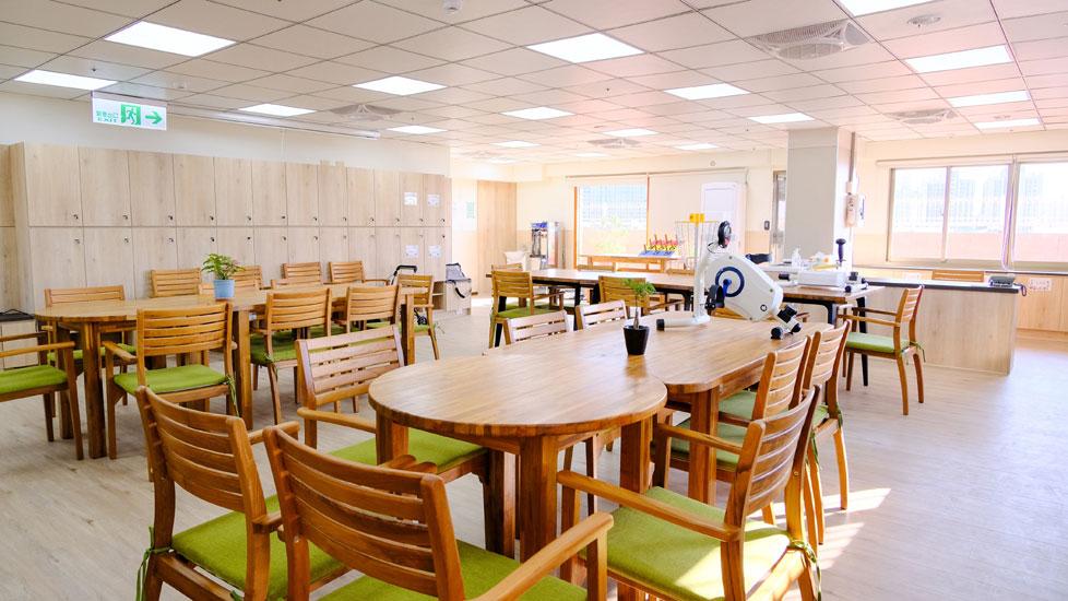 青松健康股份有限公司附設私立樹義社區長照機構-休息區