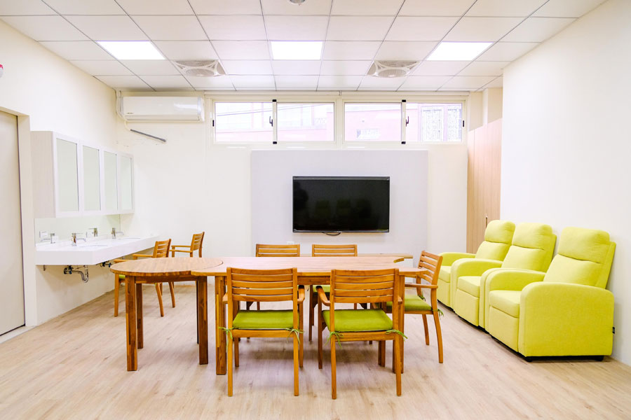 青松健康股份有限公司附設私立勝利綜合長照機構-休息區