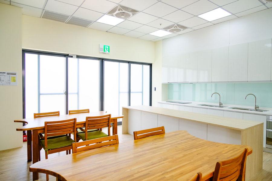 青松健康股份有限公司附設私立自由綜合長照機構-休息區