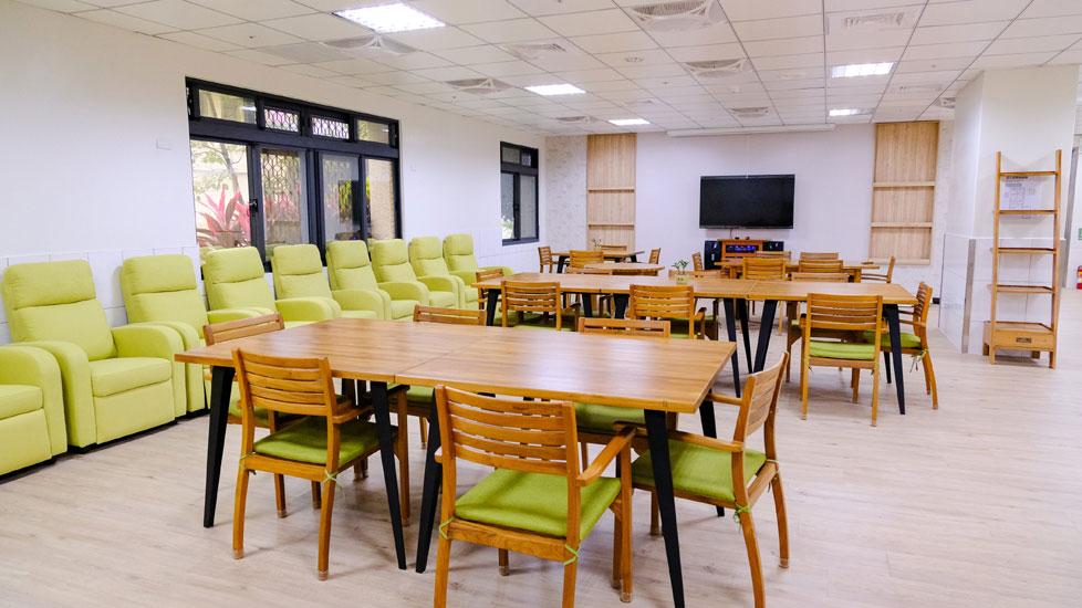 青松健康股份有限公司附設私立上和社區長照機構-休息區