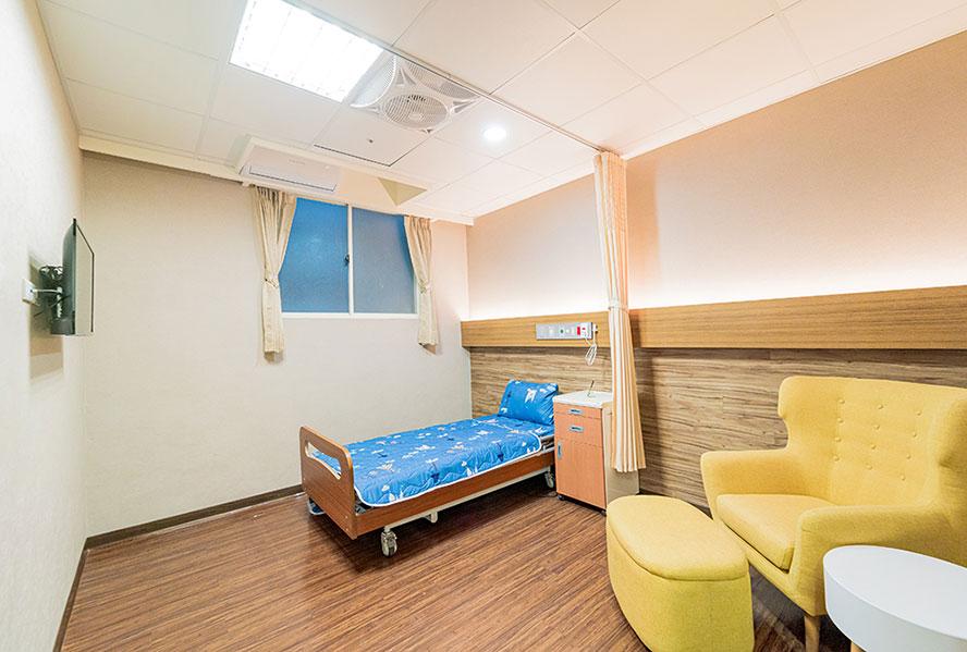 和安長照社團法人附設新北市私立和安住宿長照機構-單人房
