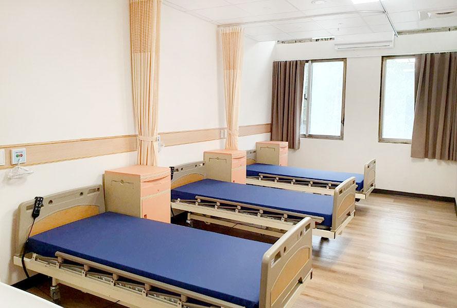 上和長照社團法人附設新北市私立迎合住宿長照機構-3人房
