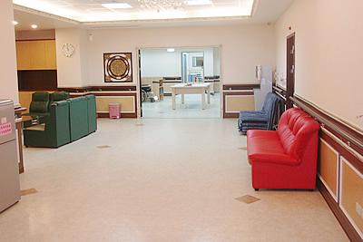 新北市佳源護理之家-走廊