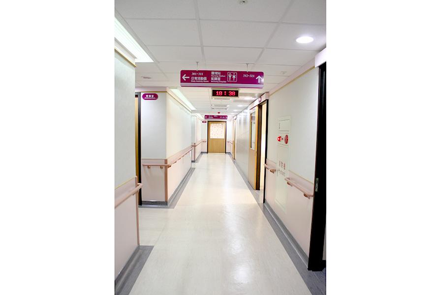 新北仁康醫院附設護理之家-走道
