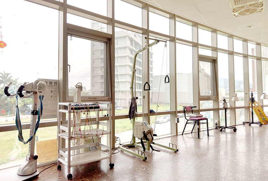 八里佳醫護理之家-復健區