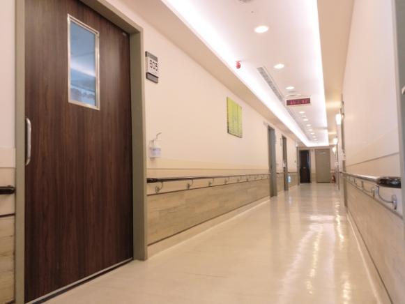 台中佳醫護理之家-走廊1