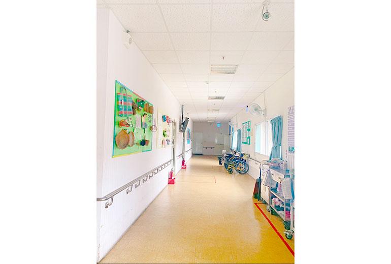 陽光護理之家走廊