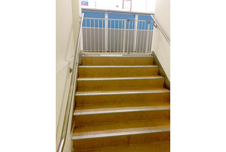 陽光護理之家樓梯