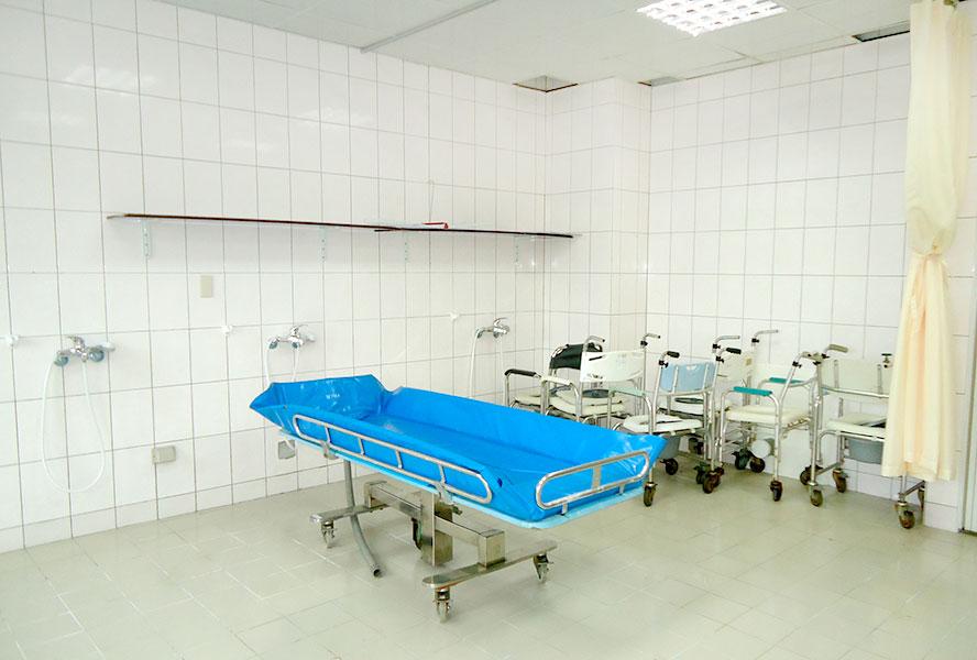 彰化縣德安護理之家-洗澡床