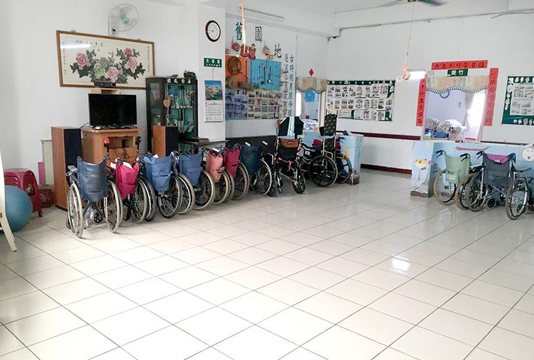 彰化縣崇愛老人長期照護中心