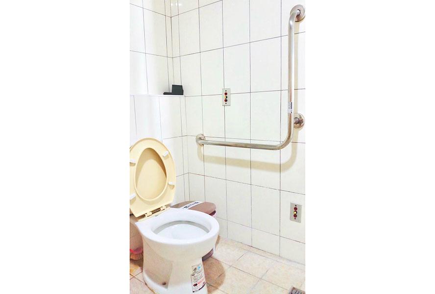 彰化縣護康護理之家-廁所