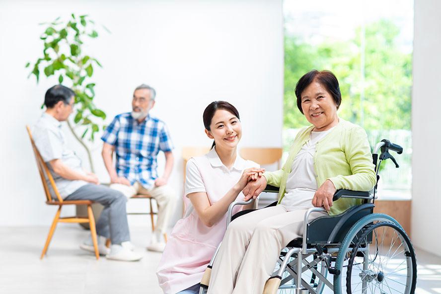 長期照顧中心-照服員與住民